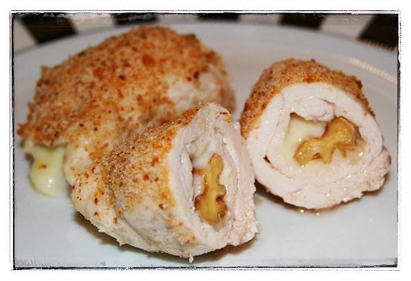 Braciole di pollo al gorgonzola e noci