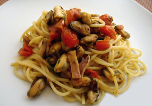 spaghetti-cozza-stocco-e-pomodorini